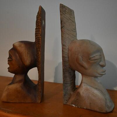 Face bookends