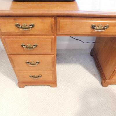 Nice Vintage Solid Wood Knee Hole Desk (No Contents)