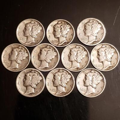 Lot of silver mercury dimes .Collectable 90 % silver Collectable silver