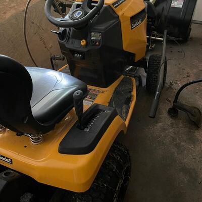 Cub Cadet riding mower LT46 w/ large snow blower / clean set-up