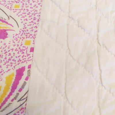 BEAUTIFUL HAND STITCHED PINK TONED QUILT