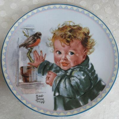 1st Issue, 1988, #125A Little Red Robins From the Precious Little Ones Plate Series