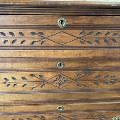 LOT#A11: Early 20th Century Chest