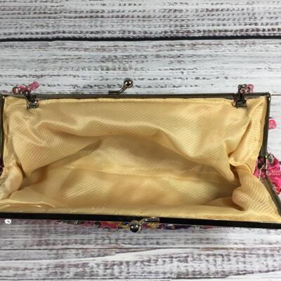 Bright pink beaded floral purse handbag clutch