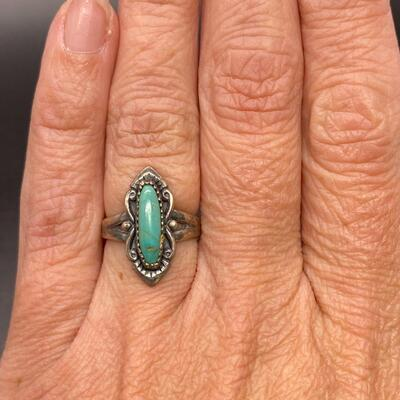 Vintage Sterling Silver Turquoise Cabochon Southwestern Ring Signed