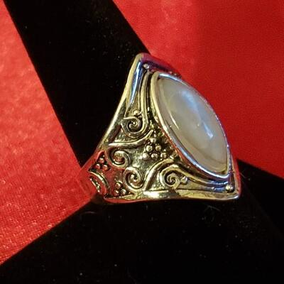 Vintage Sterling silver moon stone ring 11.2 g size 8