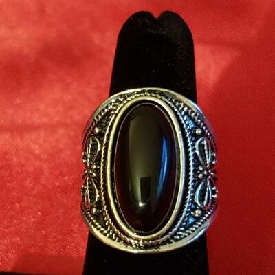 Vintage Sterling silver  Onyx stone ring  13.2g