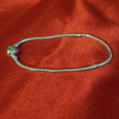 Sterling silver Pandora  bracelet  11 1 g