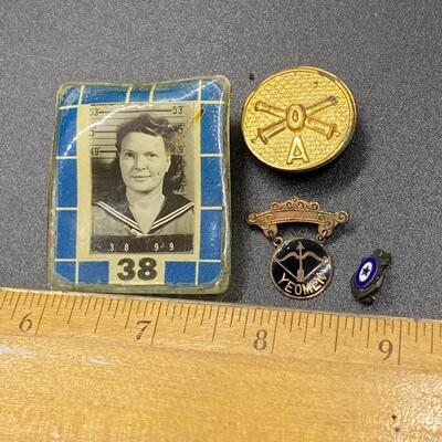 Vintage Navy Military Photo Badge Yeoman Enamel Pins