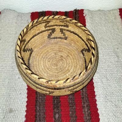 Small size Papago Tohono O'odom Basket:
