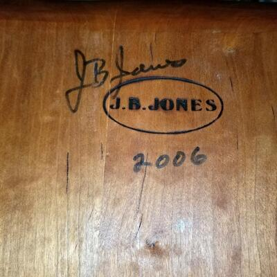Sanpete county, Spring City (Utah) handmade Windsor chair by Jock Jones, signed and dated 2006. Excellent condition.
