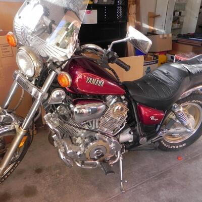 1984 YAMAHA VIRAGO 1000 MOTORCYCLE