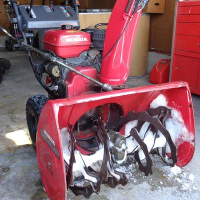 Honda Snowblower HS-828 Runs Great Low Hours Electric Start