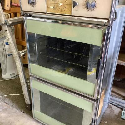Vintage TAPPAN built in oven in MINT GREEN!