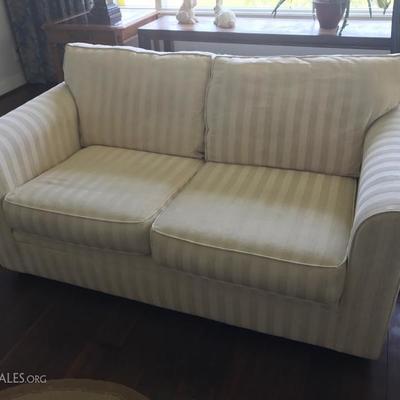Bauhaus love seat (2 of 2)