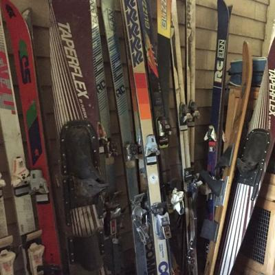 Large collection of skis.