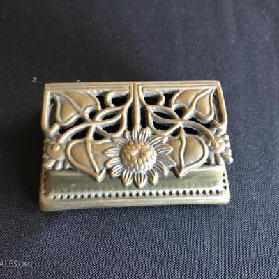 Small vintage solid brass flower box (1 of 2 pics)