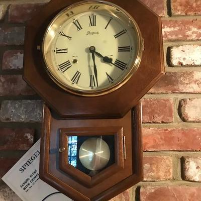 Spiegel 31-day clock.