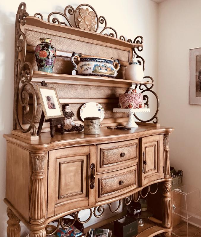 Gorgeous sideboard, with drawers and doors to tuck away linens and serviceware