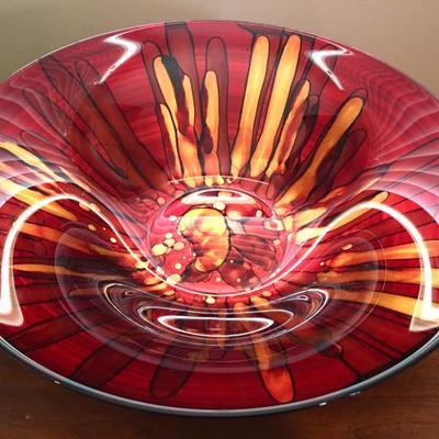 Art Glass Bowl.