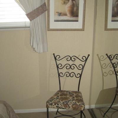 Cute metal frame chair