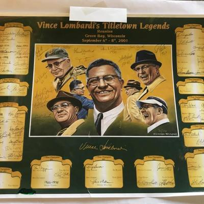 Signed Green Bay Packers place mat, from a reunion held in 2001 in honor of Vince Lombard's Titletown Legends.