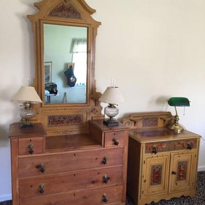 Matching bureau and chest of drawers.