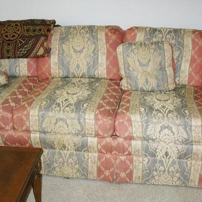 COUCH   BUY IT BOW  $ 85.00 MATCHING LOVE SEAT   BUY IT NOW $ 65.00