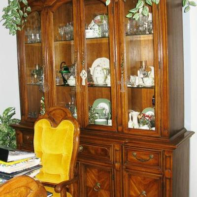 China cabinet  BUY IT NOW  $ 150.00