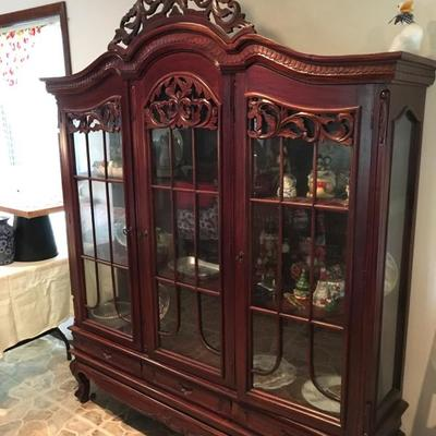 Beautiful ornate Display Cabinet