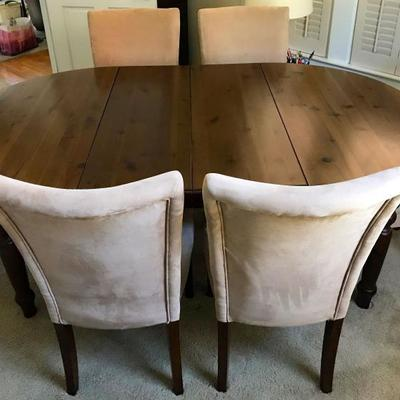 Pottery Barn Dark Pine Table With 2 Leaves 6 Ultra Suede Parsons Chairs