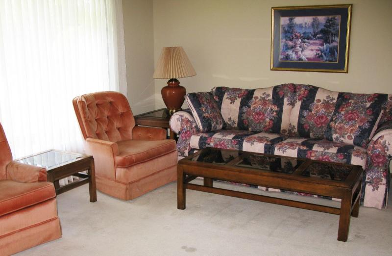 TUFTED SIDE CHAIRS BUY THEM NOW $ 55.00 EACH Broyhill sofa couch  BUY IT NOW  $ 185.00 coffee table  BUY IT NOW  $ 45.00