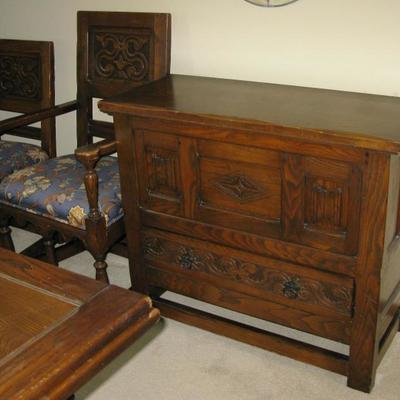 DininG room server   BUY IT NOW  $ 165.00