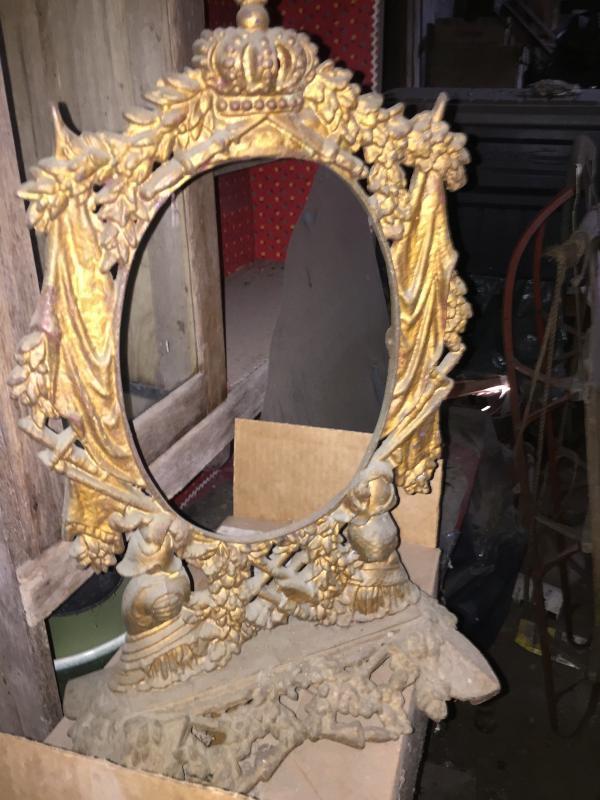 Large antique cast iron picture/mirror frame
