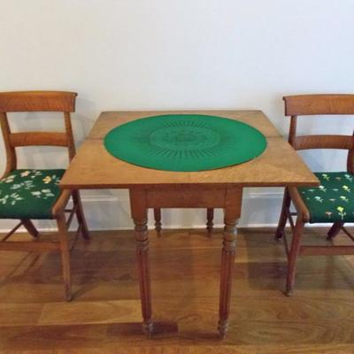 Federalist maple game table 32 X 32 X 29
