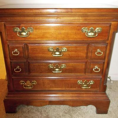Small chest of drawers $210