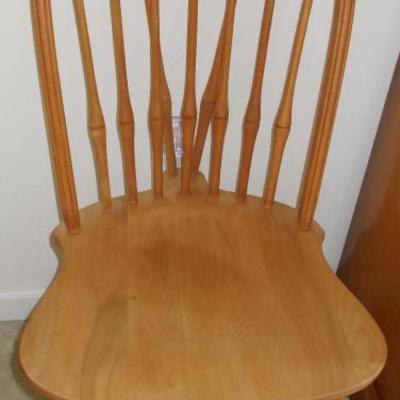 Windsor style chair $22