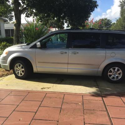 2009 Chrysler Town & Country Mini Van, 108,000 miles, $6,600