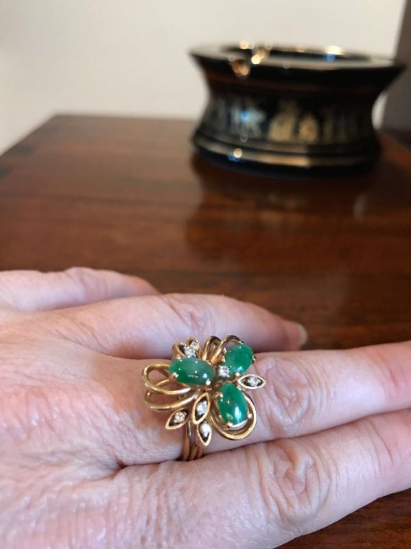All jewelry reviewed and detailed by Jewelry Appraiser: 18K GOLD, DIAMONDS AND JADE. $450