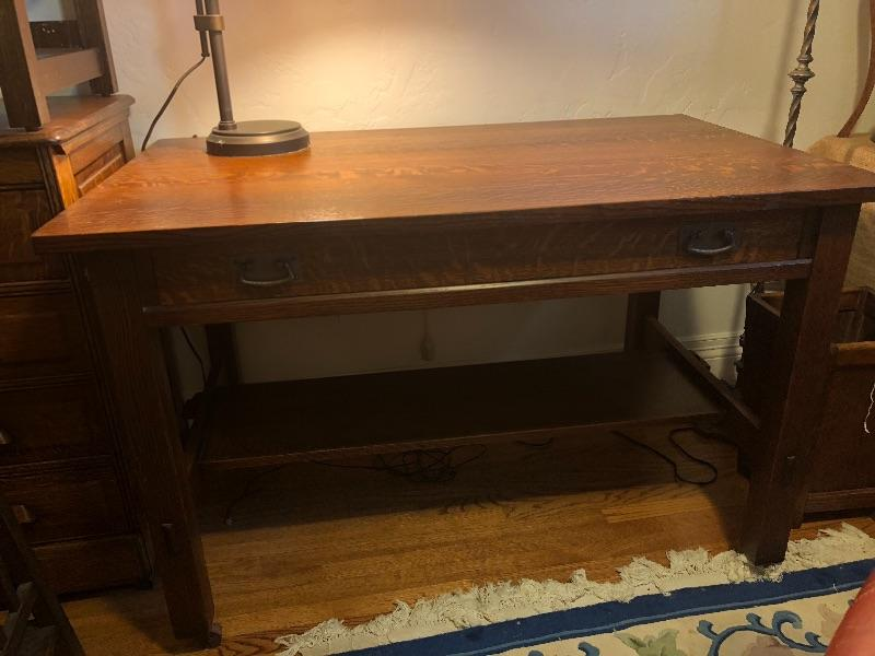 This desk has been removed by the family from the sale. Our apologies.