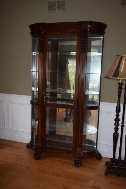 Curio Cabinet & Floor Lamp