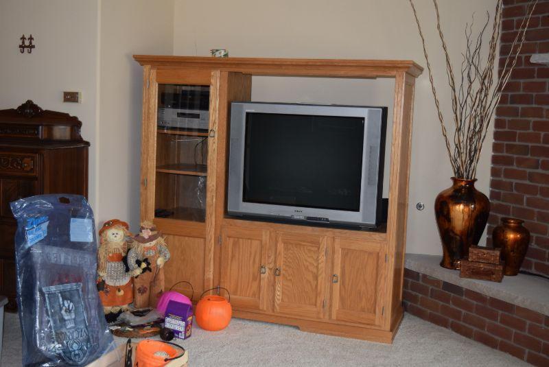 Entertainment Unit, TV, & Electronics