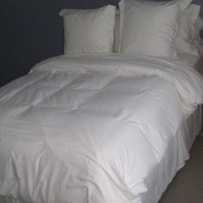 Queen bedroom set 2 of 2