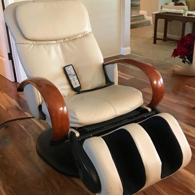 Sharper Image HTT 10CRPV Human Touch Robotic Massage Chair Recliner HT