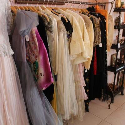 Vintage and Antique Clothing