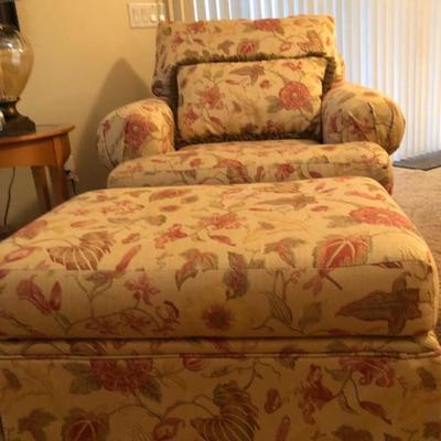 Comfy Patterned Chair & Ottoman