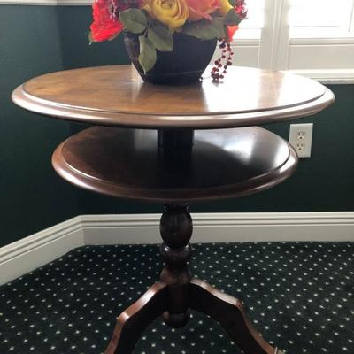 Round pedestal game table w/2 tiers, walnut finish, chessboard top (24