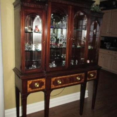 Hickory & White Inlaid China Display Cabinet