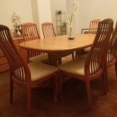 Copenhagen Dining Room Set Table with 6 chairs and Credenza
