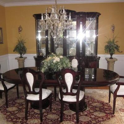 Stunning Classic Roma Dining Room Suite Complete